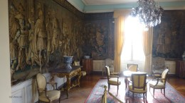 A sitting room in the Clos de Lucé. Note the tapestries.