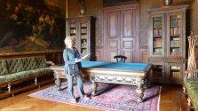 The billiards room. No divots!