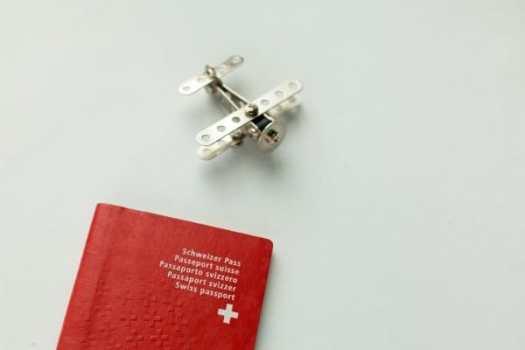 Elveția ridică restricțiile de călătorie