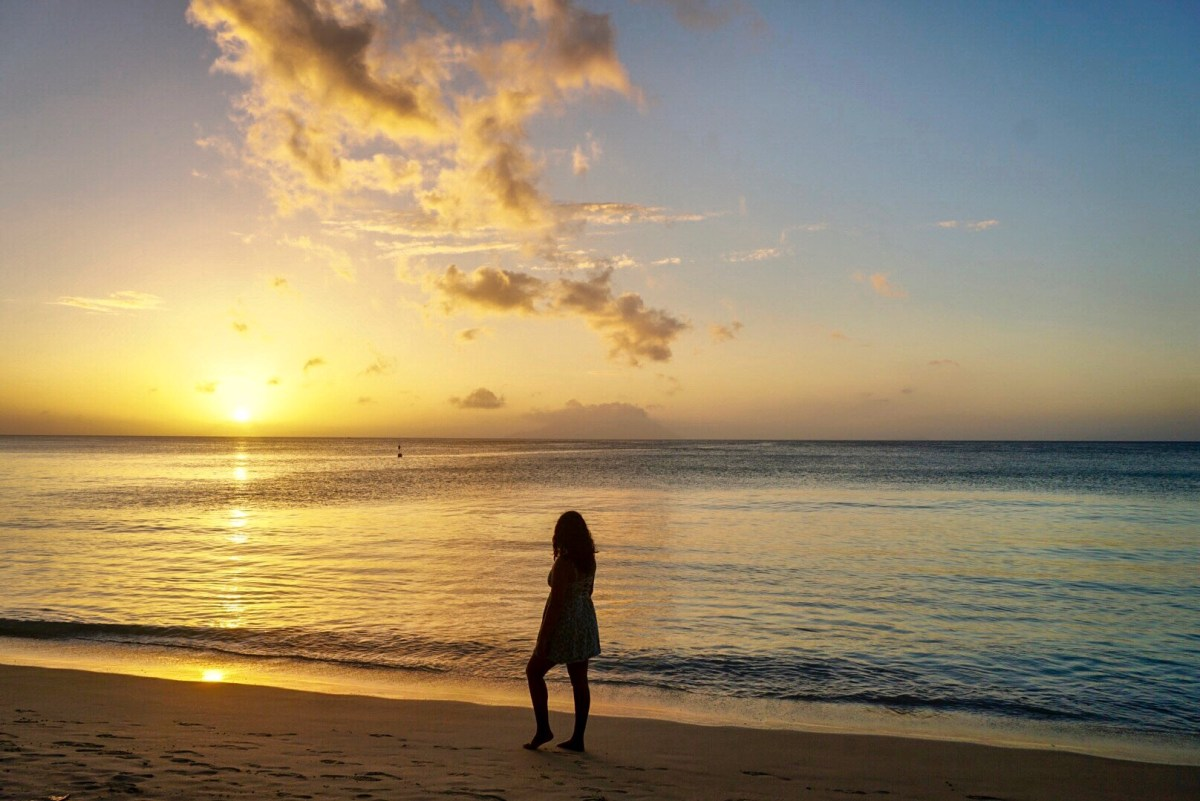 why travel to seychelles