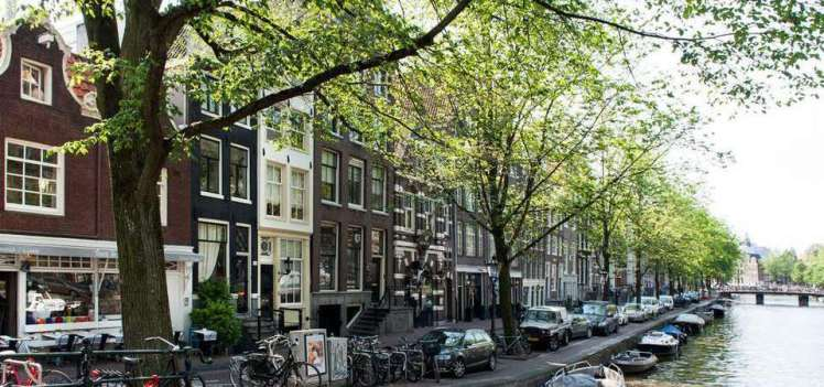 ExpatPurchase Amsterdam canal view apartment 2