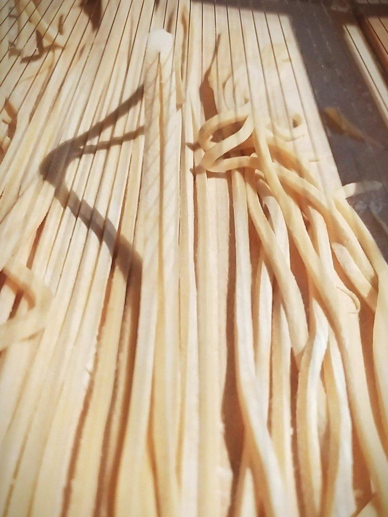 Spaghetti alla Chitarra selbstgemacht Pastarezept hausgemachte Pasta Rezept traditionell Abruzzen