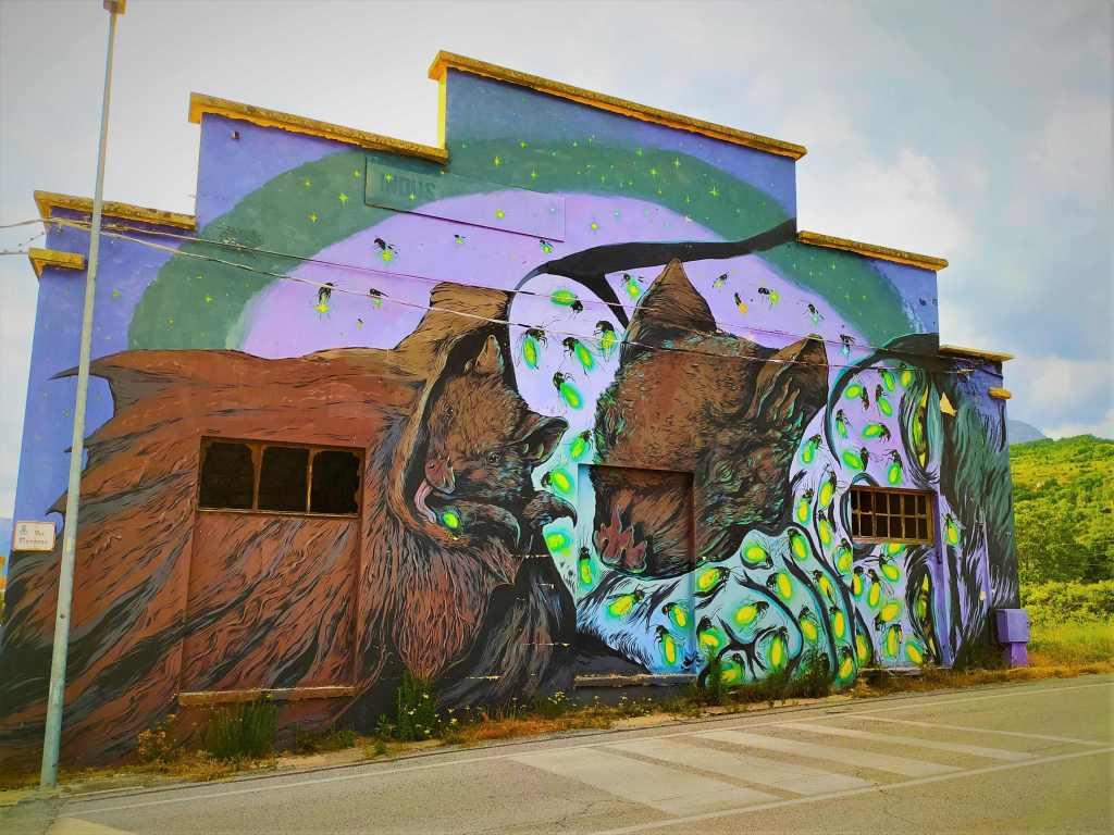 Murales Aielli Streetart Italien Abruzzen Geheimtipp Bergdorf Landflucht Kunst
