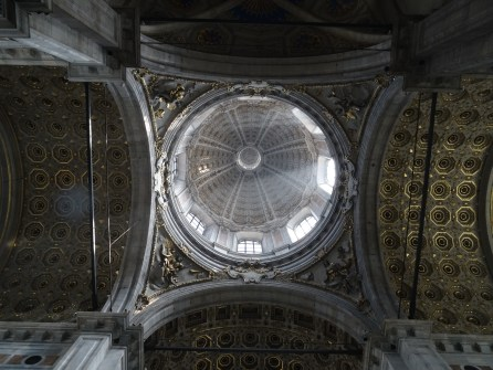 Kuppel im Duomo di Como