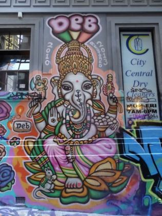 überall street art