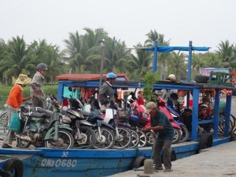 Motorrad-Fähre