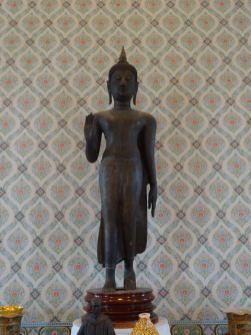 Buddha als Stahl