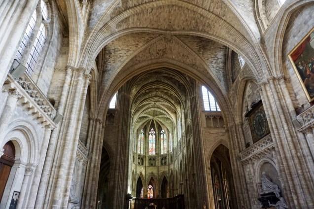 Innenraum der Cathédrale Saint-André de Bordeaux