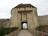 Staumauer von Caen
