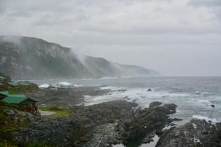 Felsige Küste im Garden Route National Park