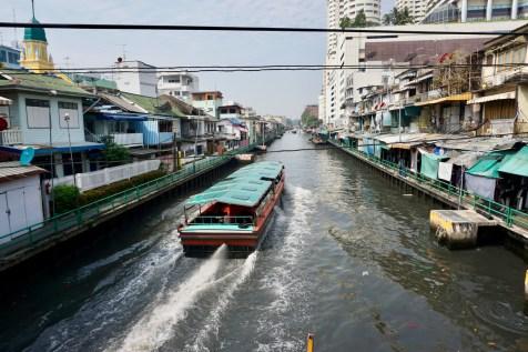 Ein Kanal in Thailand