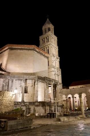 Nachtbild von Split