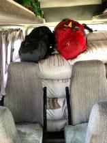 Voll gepackter Minibus