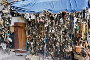 Antike Teile im Verkauf in Amman