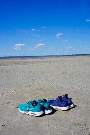 Leerer Strand in Estland