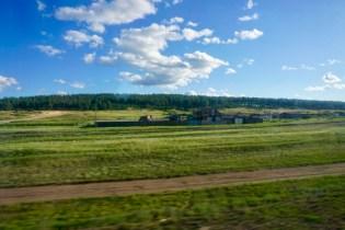 Sibirien mit Holzhäusern
