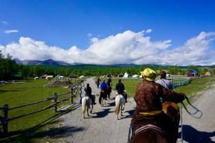 Pferdereiten in der Mongolei
