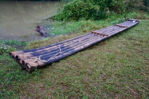 Floß aus Bambus