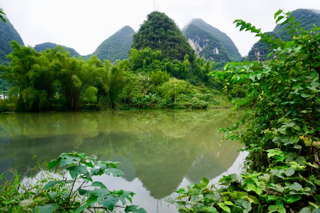 Yulong-Fluss im Oktober