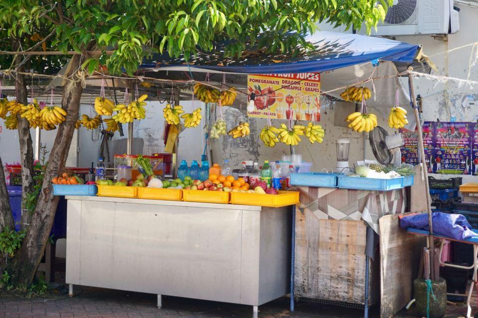 Obst-Verkauf an der Straße