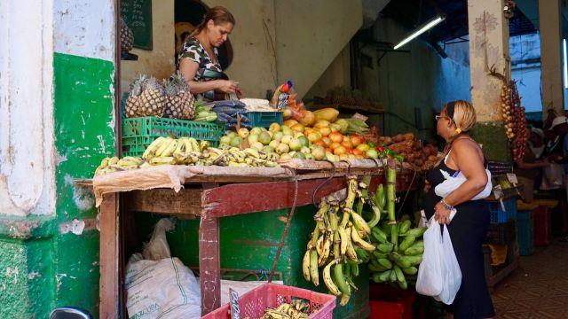 Obst- und Gemüseverkauf