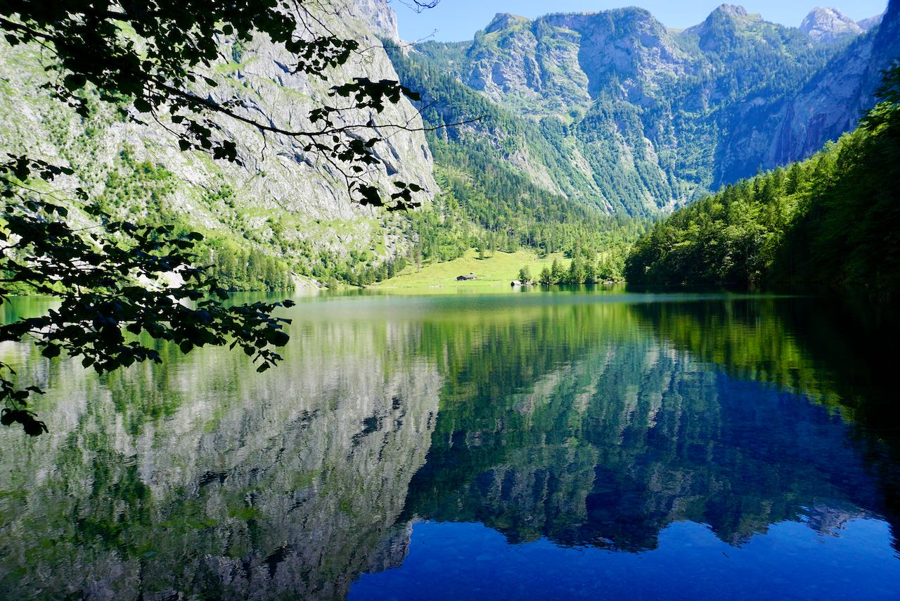 Unweit des Königssees bezaubert der Obersee mit diesem Spiegel-Blick