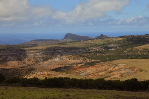 2012-03-01_SaintHelena_land.JPG