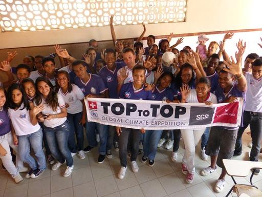 2012-10-04_brazil_itaparica_visit-colegio-estudual-democratica.JPG