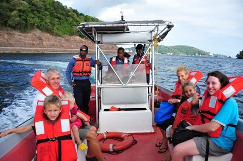 2013-01-02_trinidad_coast-guard-boat.JPG