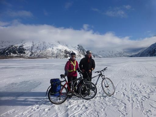 2014-03-07_usa_alaska_sea-to-denali_sabine-dario-cycling-portage-lake-1.JPG