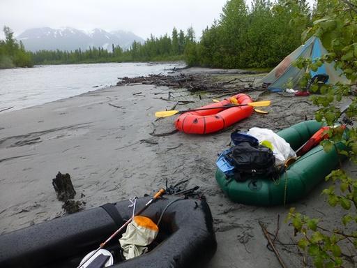 2014-05-28_usa_alaska_denali_sea2top2sea_tokositna-river-last-biwi-camp.JPG