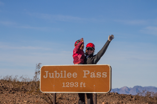 2014-11-18_usa-california_death-valley-jubilee-pass.jpg