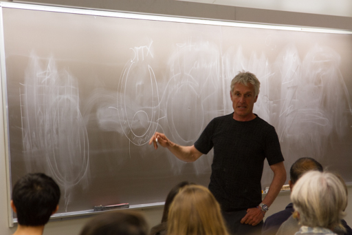 2015-01-22_usa-san-diego_ucsd-presentation-dario-chalk-board.jpg
