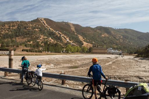 2014-10-14_usa-california_cycling-through-dry-reservoirs