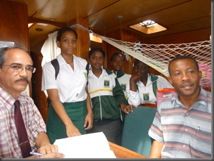 Students from Rodrigues College visit Pachamama