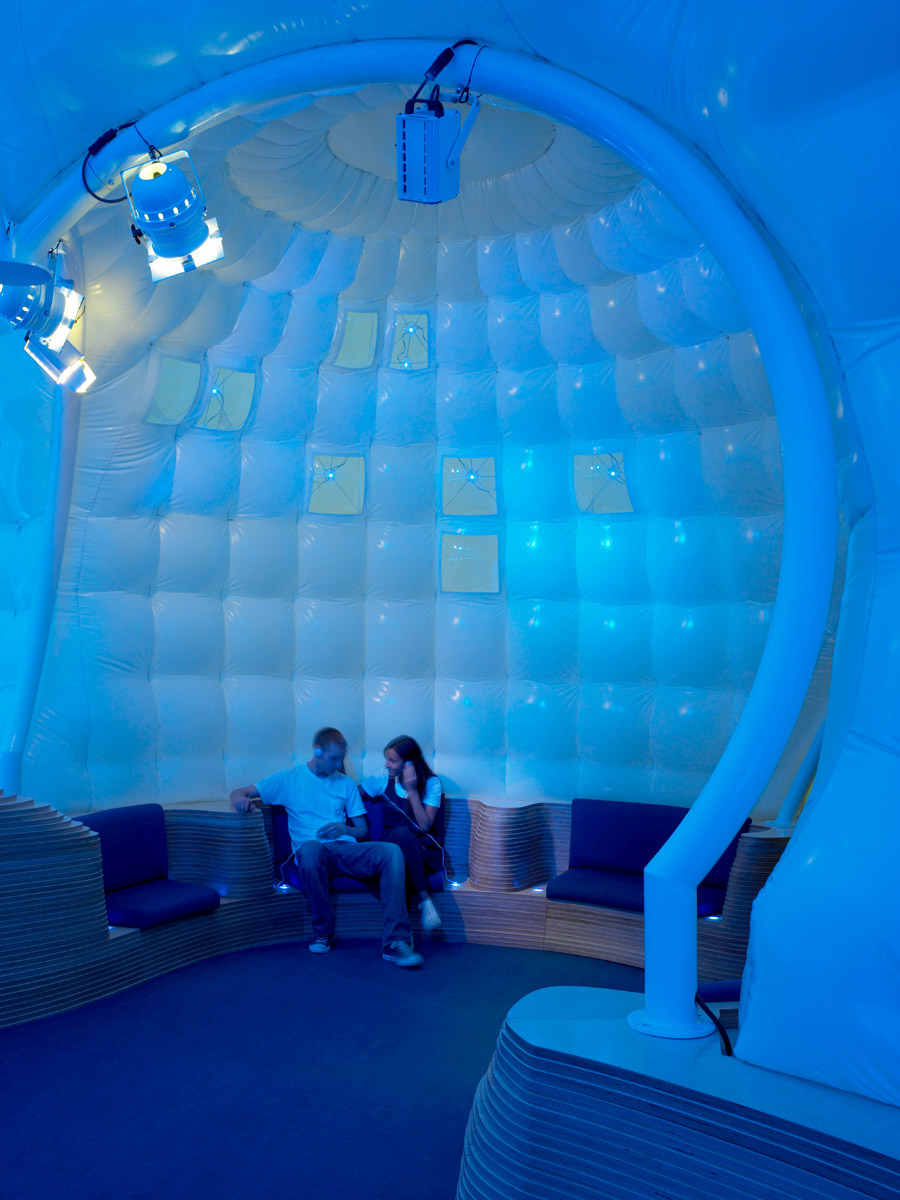 chill_interior_blue