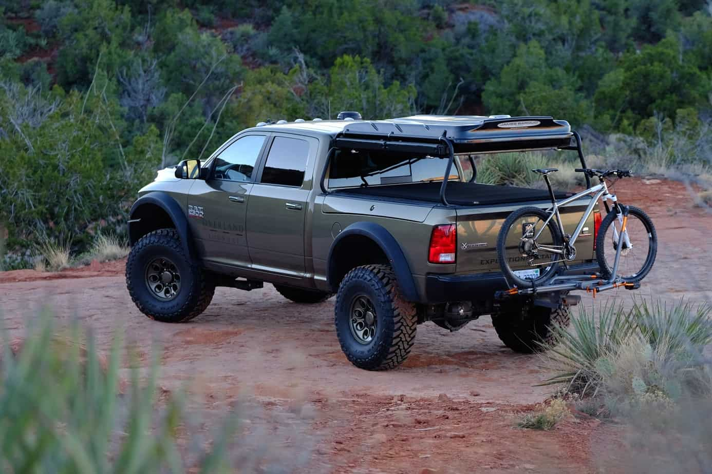 2004 Ford Expedition Custom Parts