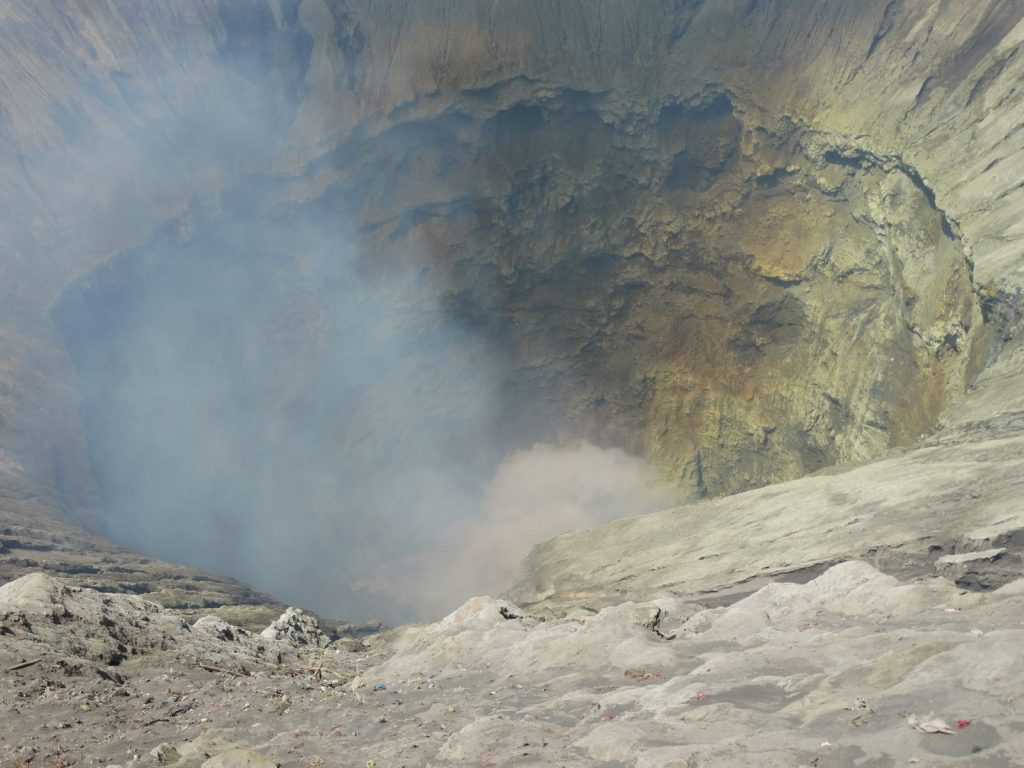 Cratère très profond du Bromo