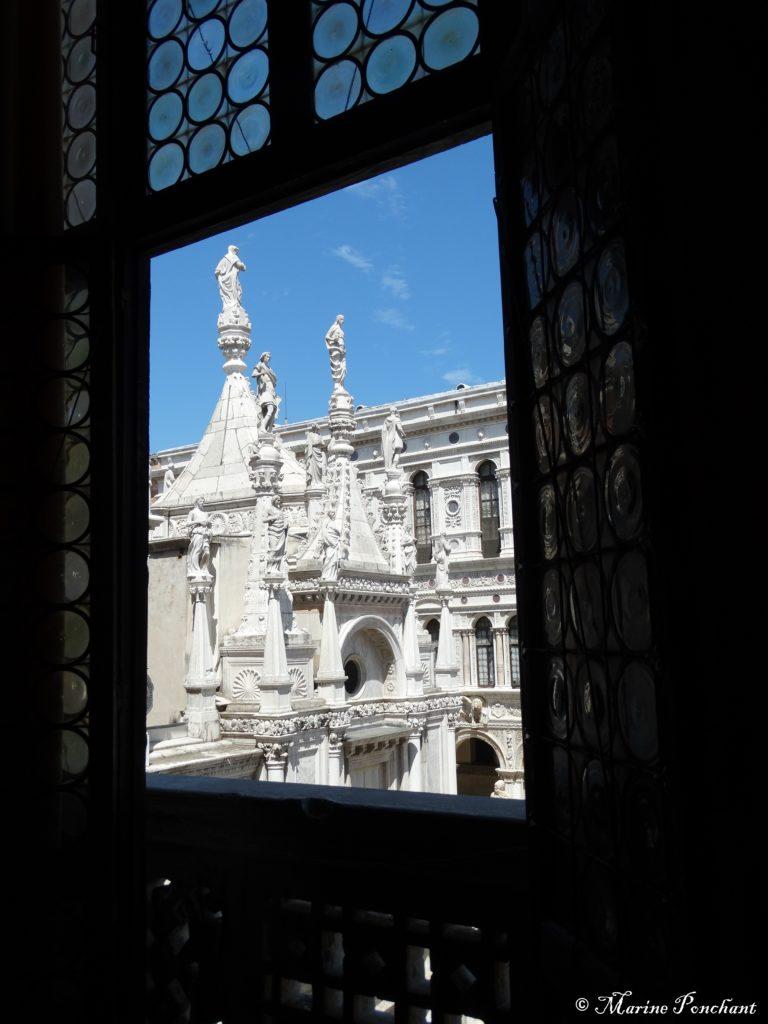 Cadre fenêtre palais des doges