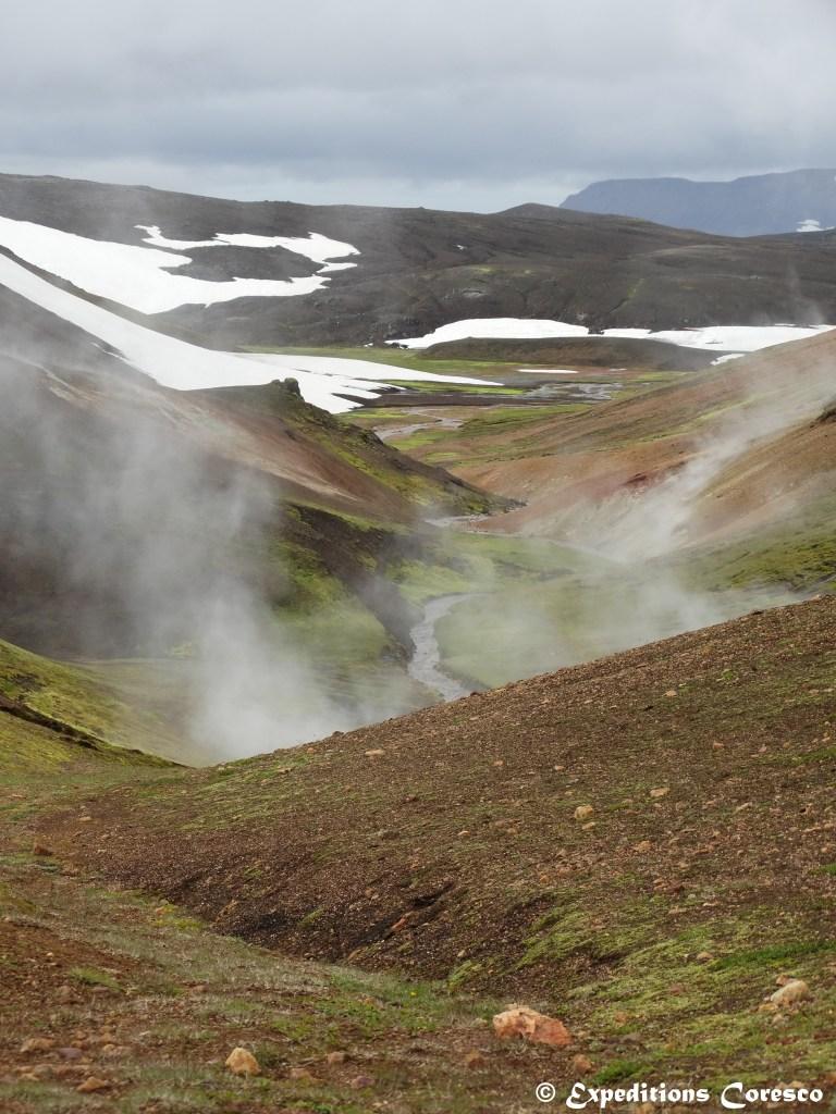 Fumerolles dans le Landmannalaugar