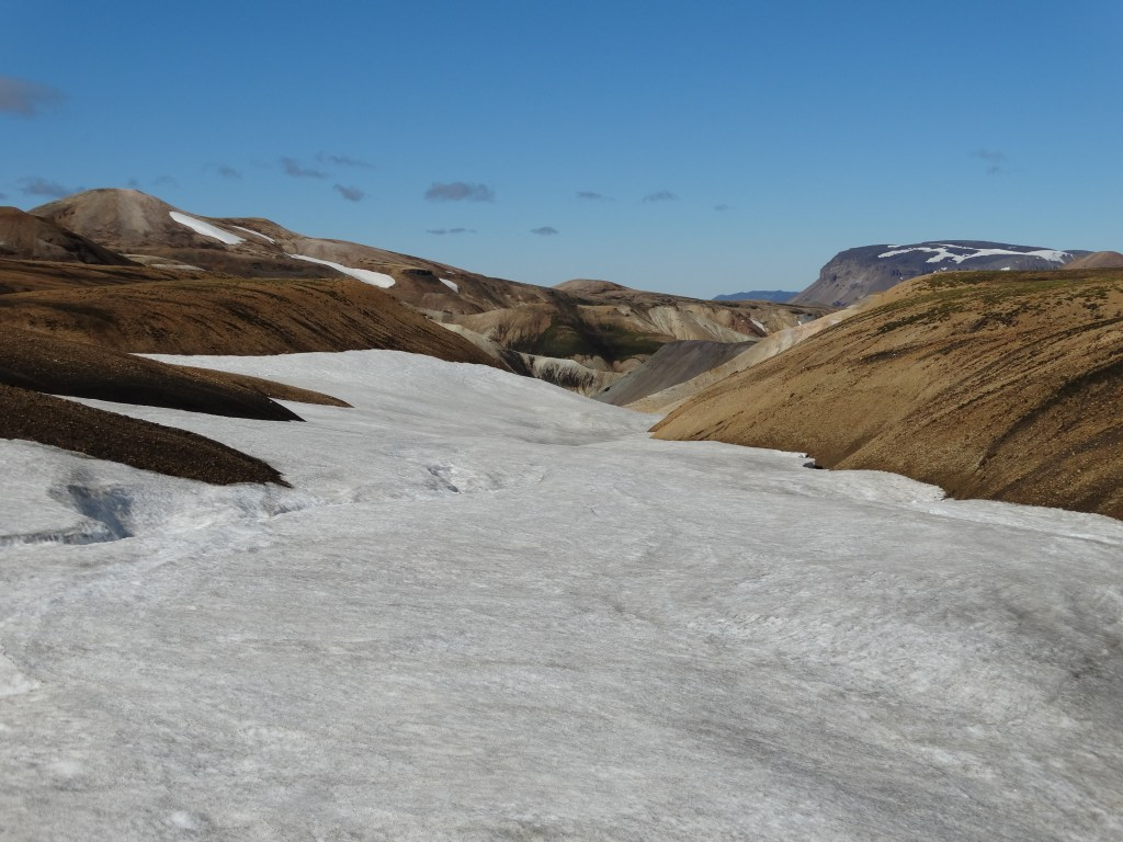Attention aux crevasses sur les chemins du Landmannalaugar