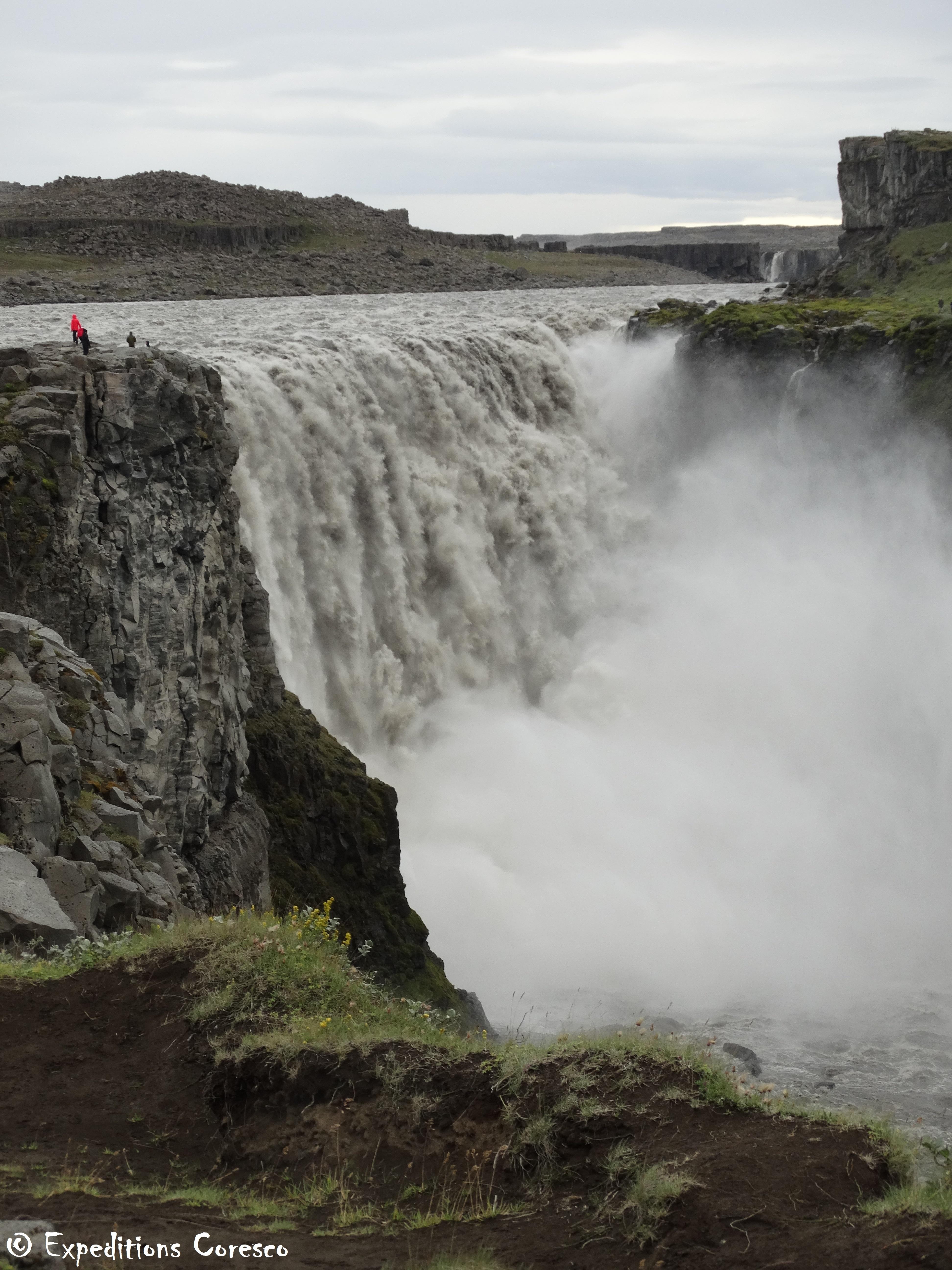 Dettifoss, l'une des cascades les plus puissantes au Monde