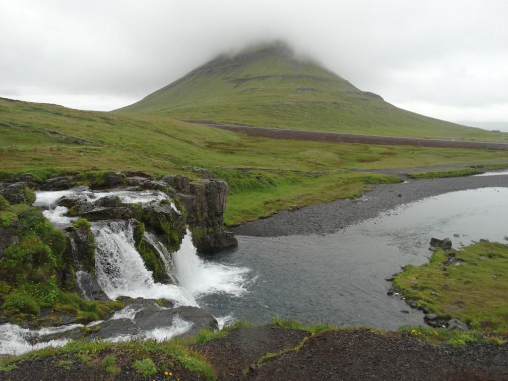 Panorama Kirkjufell et ses cascades