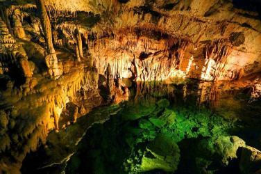 Underground lakes