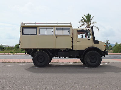 Mercedes – Benz Unimog 1300L Caravan – Germany – €37,950