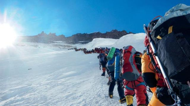 everest-climb-09102012_fe