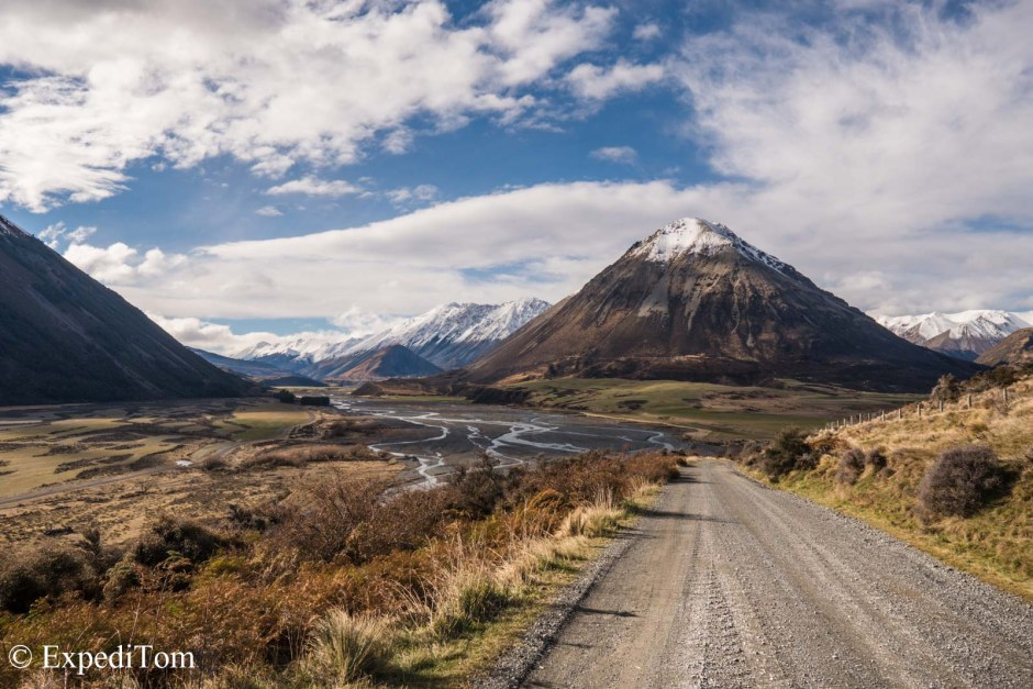 Stunning landscape along the way to Lake Coleridge