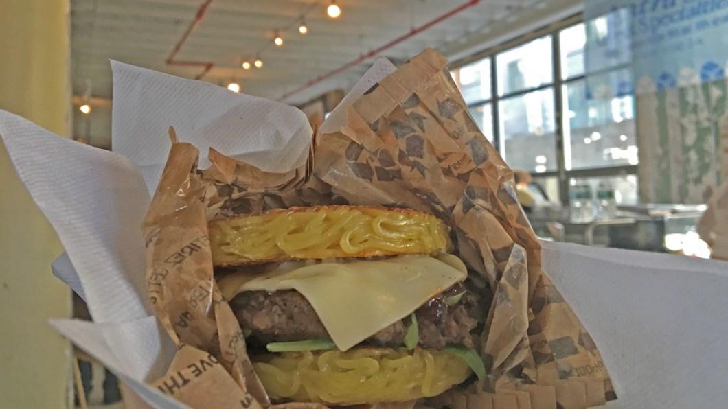 ramen-burger-newyork