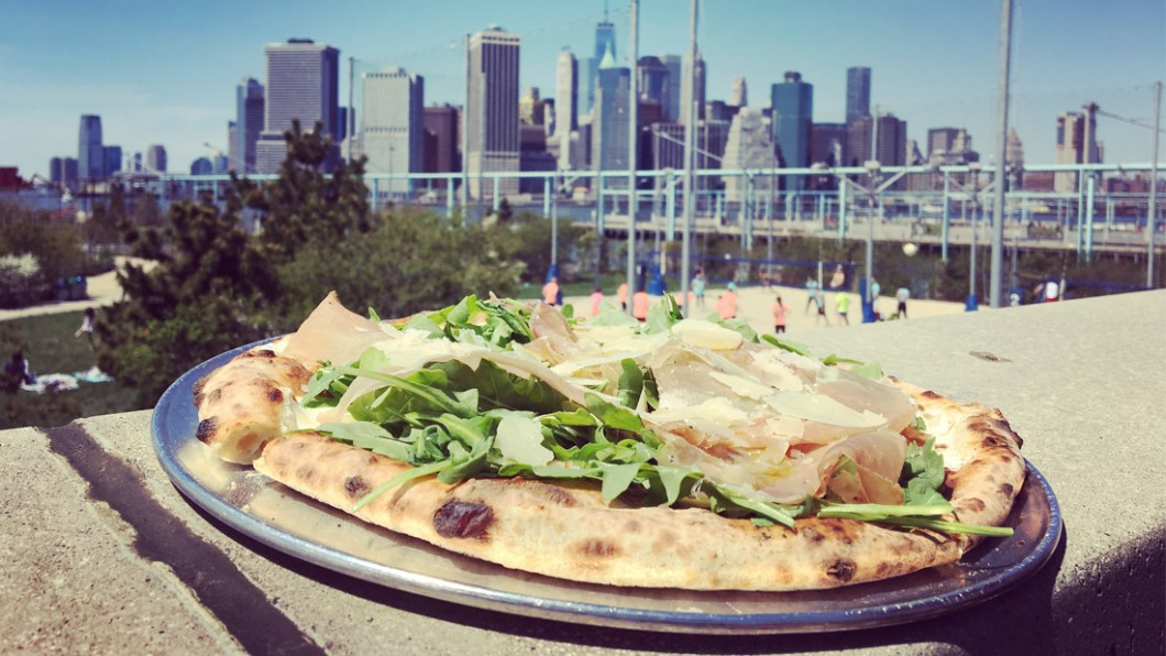 brooklyn-pier6-pizza