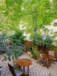 The garden at Hotel La Marisa
